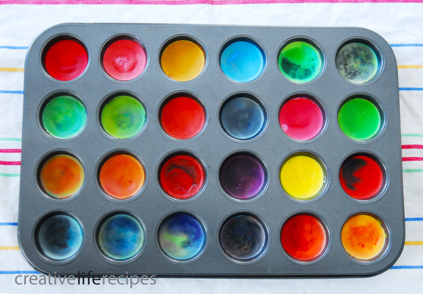 Make-Your-Own-Crayons-Cooling-Creative-Life-Recipes