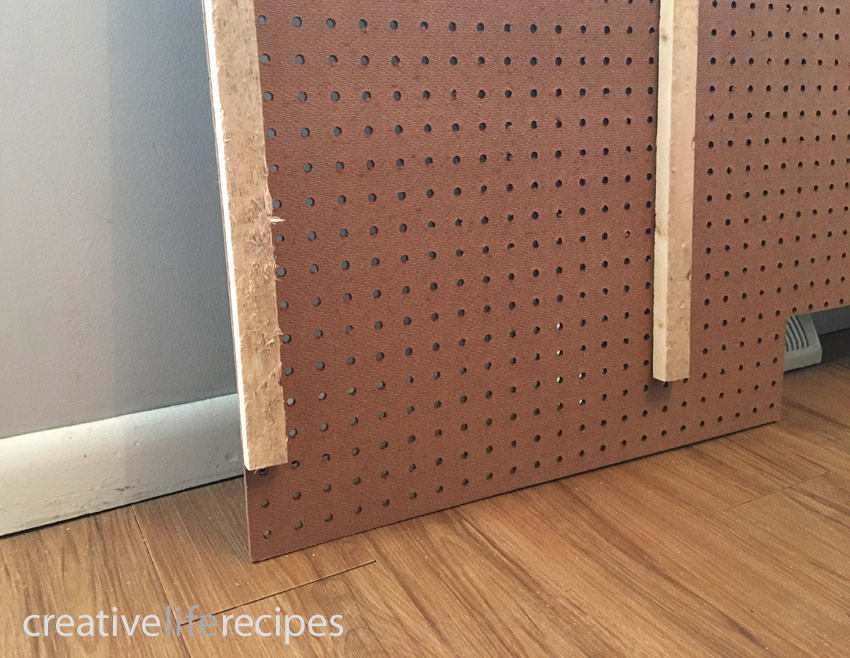 Make Your Own Rubber Band Wall Wood Backing by Creative Life Recipes